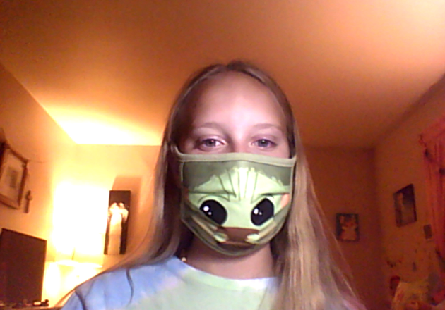 girl with alien mask